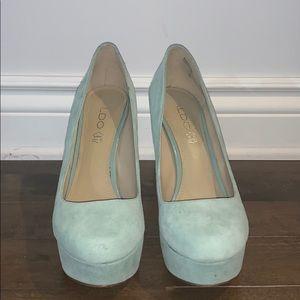 Aldo Light Turquoise pump heels